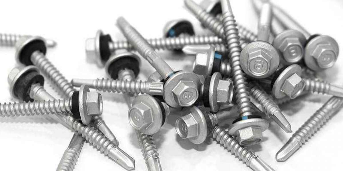 Difference Between Bolt and Screw